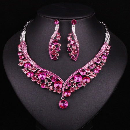 97bf436a968 Fashion Indian Jewellery Dubai Crystal Necklace Earrings Bridal Jewelry  Sets Wedding Accessories Decoration Christmas Gift -