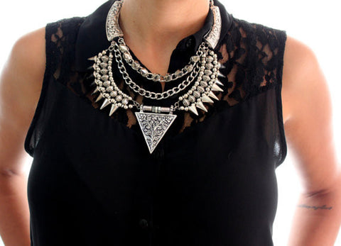 New Vintage Silver Exaggerated Big Alloy Spikes Triangle Statement Necklace Choker Rivets Necklace for Women Fine Jewelry - onlinejewelleryshopaus
