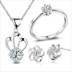 2015 New Wholesale Fashion Jewelry set Silver Plated Crown Pendant Necklace Earrings Rings Cubic Zirconia Valentine's day