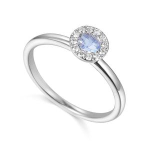 June Birthstone Moonstone Cluster 9ct Gold Ring