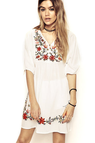 Gypset Embroidery Dress in Bianca White