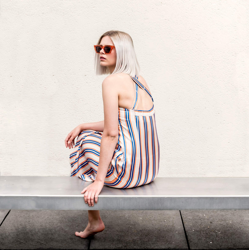 Strap dress stripe