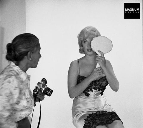 Photograph: Eve Arnold with Marilyn Monroe, 1960