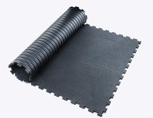 interlocking free weight mat