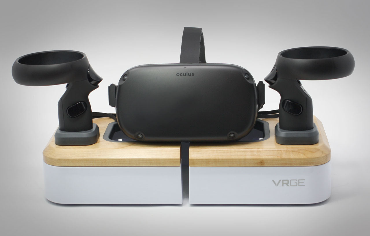 Oculus Quest Stand Front