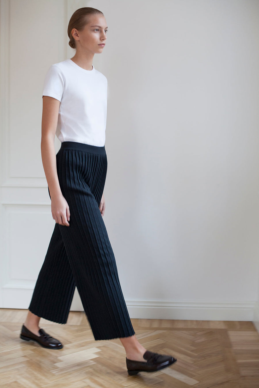 Pleated Pants - Jet Black