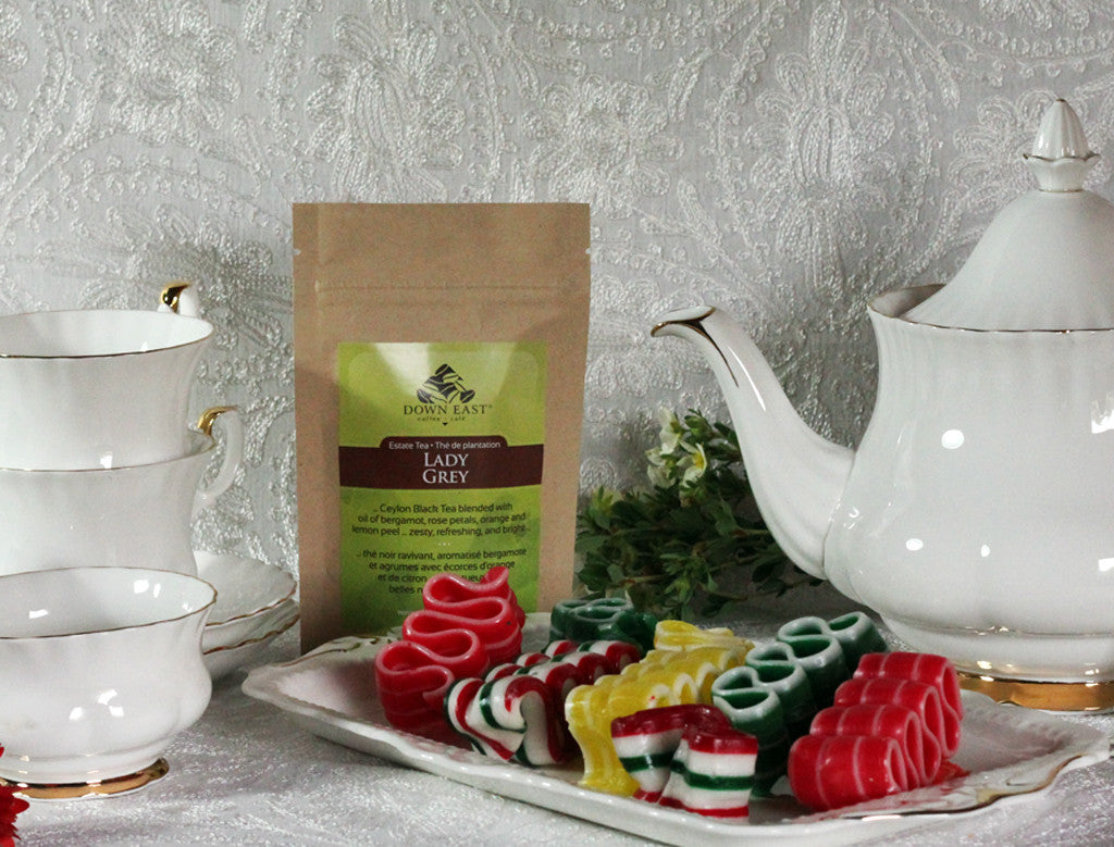 BLACK TEA pouches and cup: Lady Grey Loose Leaf Tea - black - Down East Coffee Roasters