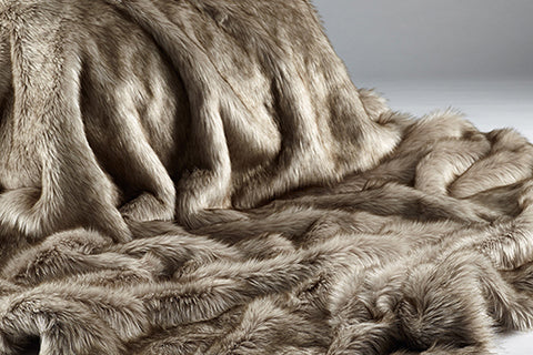 Siberian Wolf Faux Fur Throw