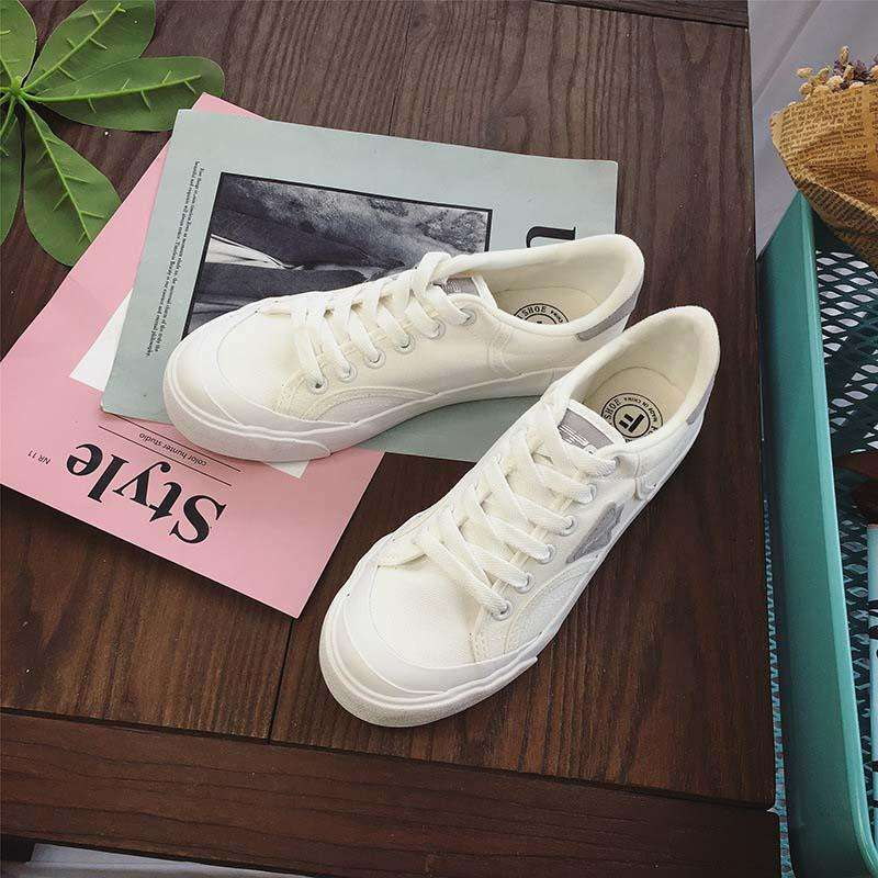 Ladies Pinewood Sneakers