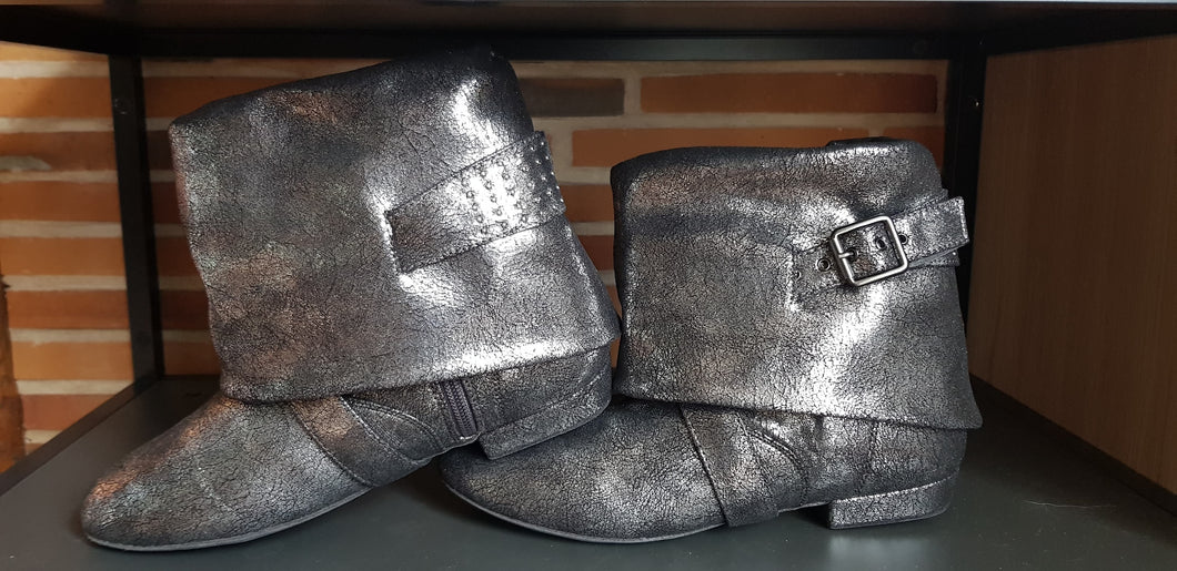 Aurora dance boots silver metallic pair folded down