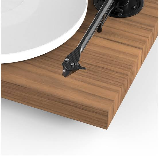 Pro-Ject X1 Walnut pick it S2 MM