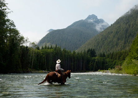 20130506-ss-vancouver-island-river-crossing-on-horse_michael_turek