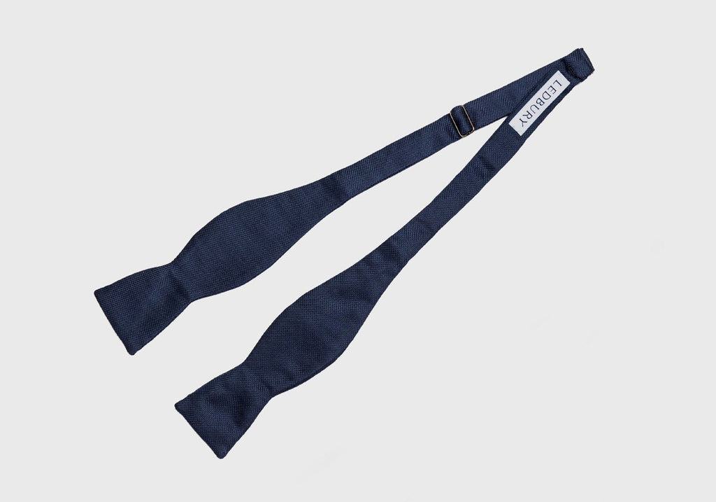 The Navy Ridgemont Bow Tie Tie- Ledbury