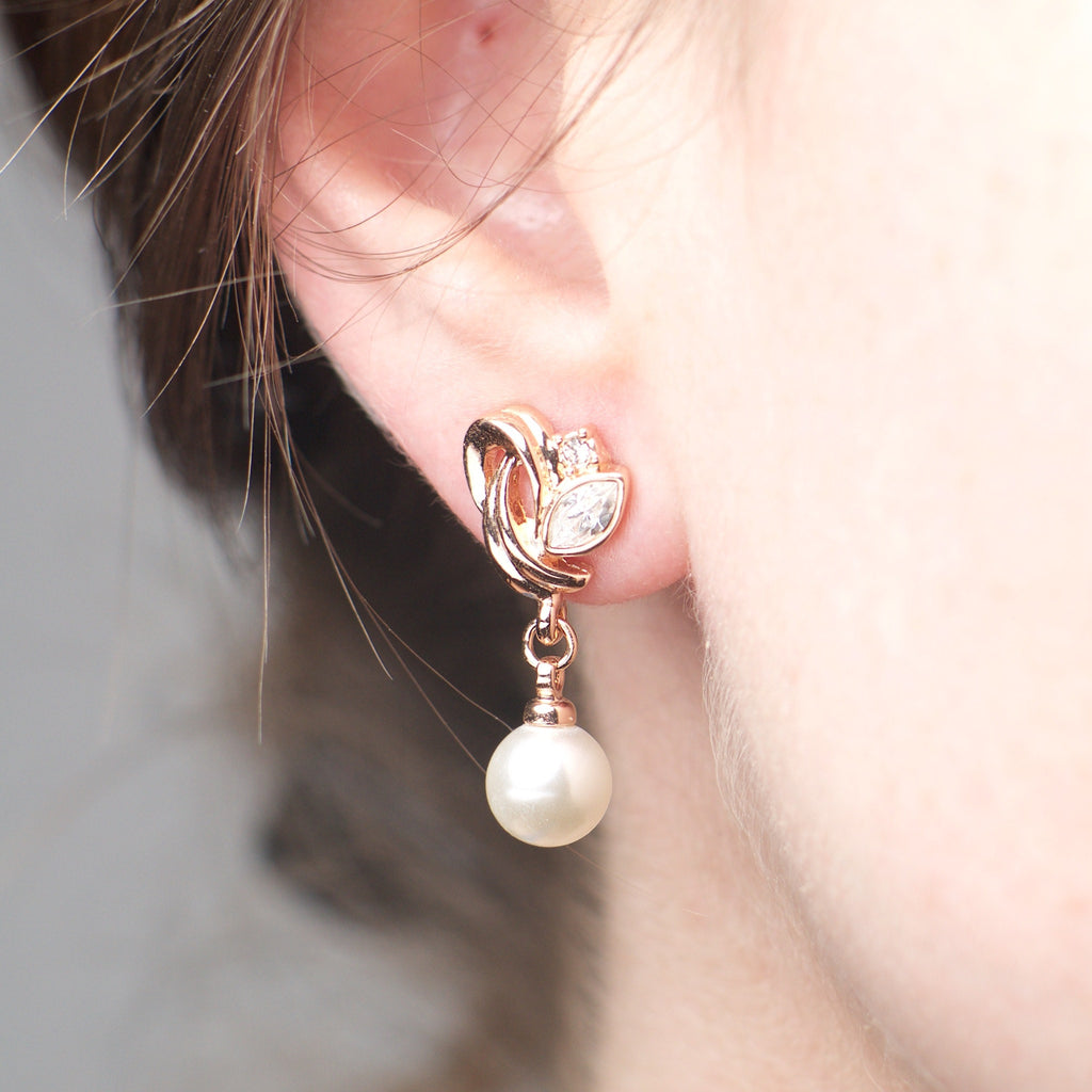 Atlantis - Platinum plated earrings with zirconium crystals and pearls 2
