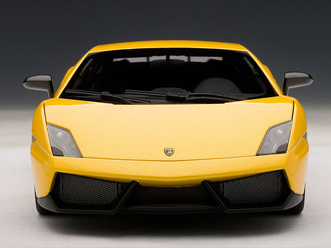 AUTOart 1:18 LAMBORGHINI GALLARDO LP570-4 SUPERLEGGERA METALLIC YELLOW