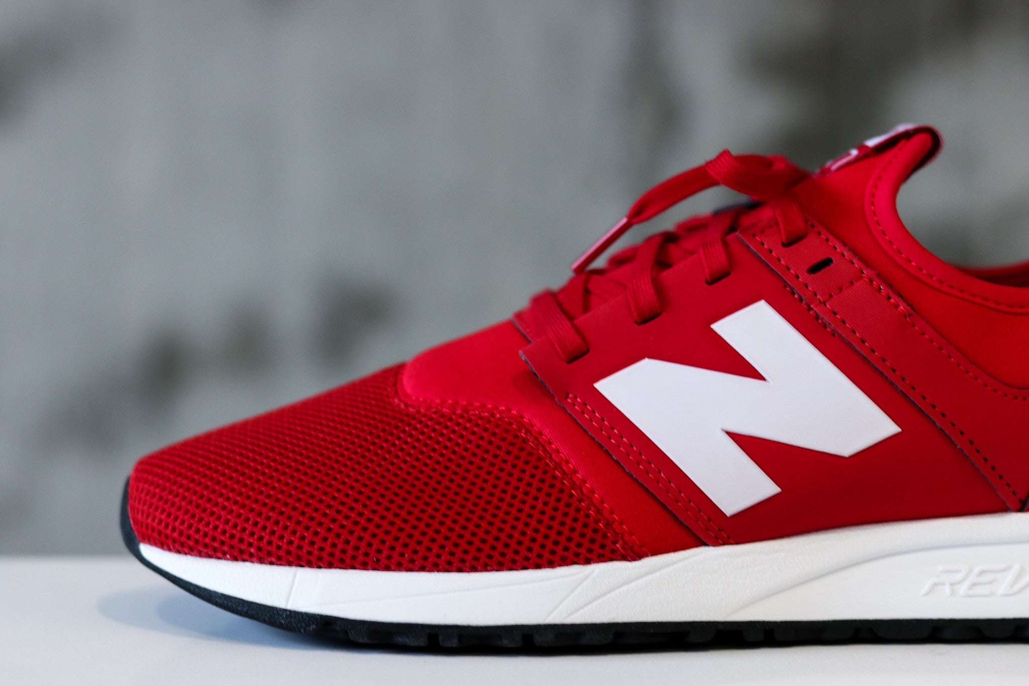 New Balance 247 Classic Pack men's size 9 in Red