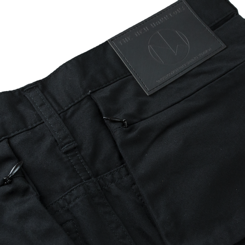 Undercover Exposed Pocket Pants [Black]
