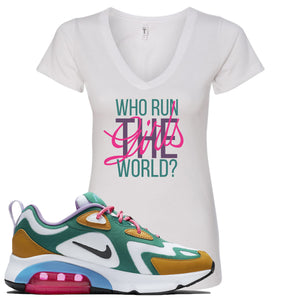 Nike WMNS Air Max 200 Mystic Green Sneaker Hook Up Who Runs The World White Women V-Neck T-Shirt