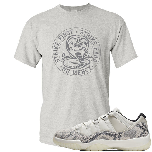 Air Jordan 11 Low Snakeskin Light Bone Sneaker Match Cobra Snake Sports Gray T-Shirt
