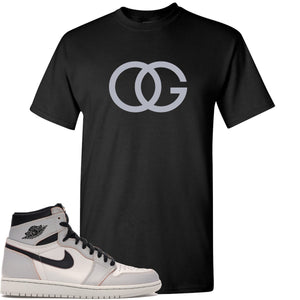 This black and grey t-shirt will match great with your Nike SB x Air Jordan 1 Retro High OG Light Bone shoes