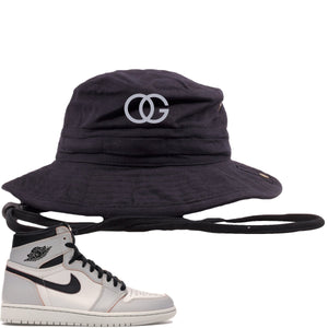 This black and white bucket hat will match great with your Nike SB x Air Jordan 1 Retro High OG Light Bone shoes
