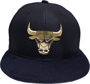 the chicago bulls on court fitted cap is solid black with a gold chicago bulls logo embroidered on the front