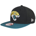 The New Era flag logo can be seen on the left side of this Jaguars snapback hat, embroidered in solid white.