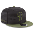 on the right side of the philadelphia phillies on-field 2018 memorial day snapback hat are 5 stars embroidered in military green