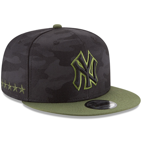 ffc33658446 on the right side of the new york yankees 2018 memorial day 9fifty snapback  hat are