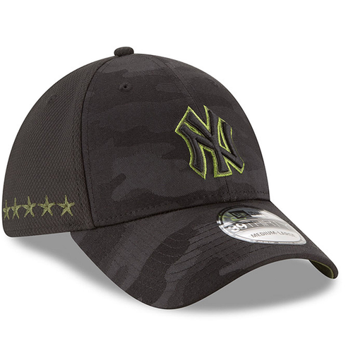 the right side of the new york yankees youth sized 2018 memorial day on-field stretch fit cap has 5 stars embroidered in military green