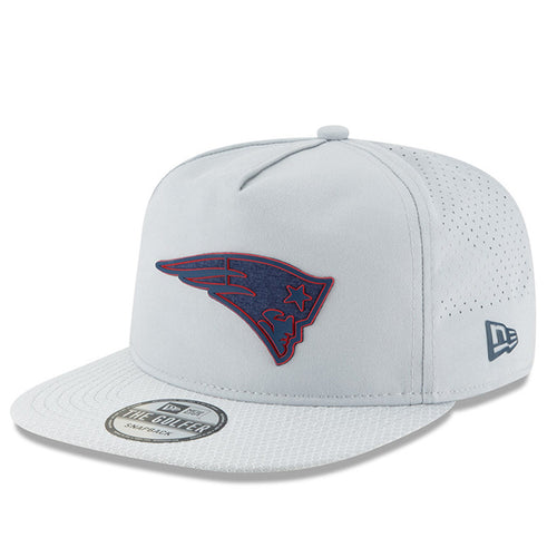 on the front of the 2018 training camp new england patriots golfer snapback hat is the new england patriots logo in navy blue and red