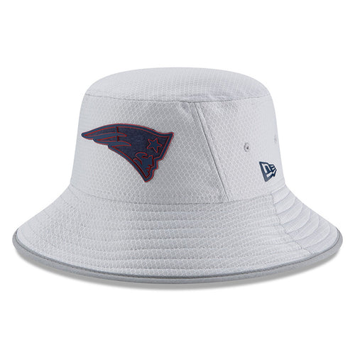 on the front of the new england patriots 2018 training camp bucket hat is the new england patriots logo embroidered in navy blue and red