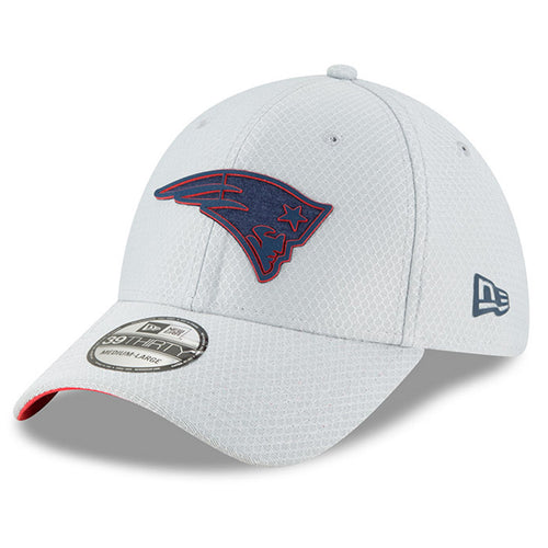 on the front of the new england patriots 2018 training camp stretch fit cap is the new england patriots logo in the patriots colorway