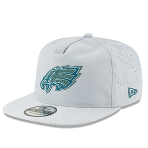 on the front of the philadelphia eagles 2018 nfl training camp golfer snapback hat is the philadelphia eagles logo in the philadelphia eagles colorway