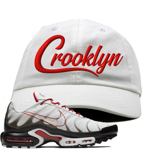 Nike Air Max Plus White University Red Sneaker Match Crooklyn white Dad Hat
