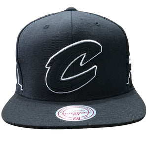 Embroidered on the front of the Cleveland Cavaliers Mitchell and Ness snapback hat is the Cleveland Cavaliers logo embroidered in black and white