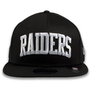 Oakland Raiders Vintage Arched Lettering Black New Era 9Fifty Snapback Hat