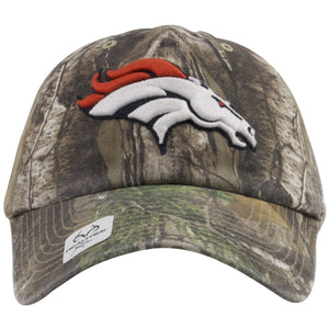 The front of this Realtree Denver Broncos clean up hat shows the Broncos logo heavily embroidered on.