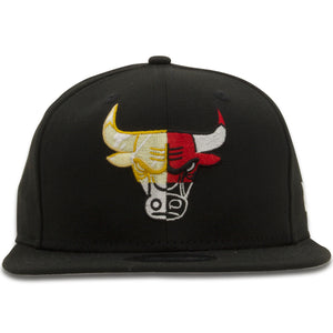 Embroidered on the front of the Chicago Bulls Collage Logo Black 9Fifty Snapback Hat is the a collage logo made up of 4 separate Chicago Bulls logo