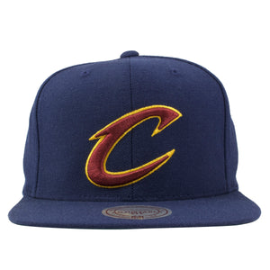 Cleveland Cavaliers Classic Navy Blue Mitchell and Ness Snapback Hat