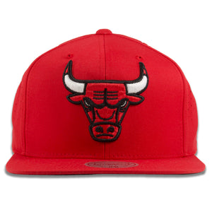Chicago Bulls Perforated Back Red Mitchell and Ness Snapback Hat
