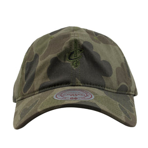 Embroidered on the front of the cleveland cavaliers woodland camouflage dad hat is the cleveland cavaliers logo in green and black
