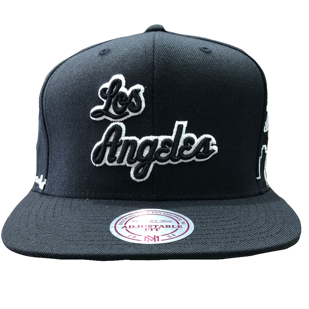 85d426454 Los Angeles Lakers City Skyline Mitchell and Ness Black Snapback Hat