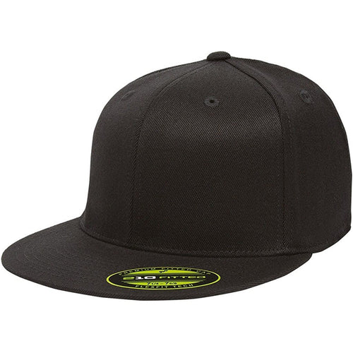 the black flexfit flat brim stretch fit elastic fit fitted hat has a structured crown, flat brim, and is black