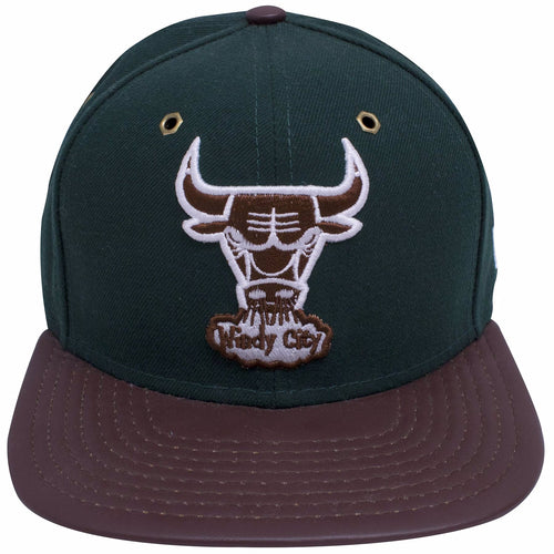 the chicgao bulls beef and broccoli timberland boot matching snapback hat has a dark green crown, a brown leather brim and a chicago bulls logo embroidered in brown and white