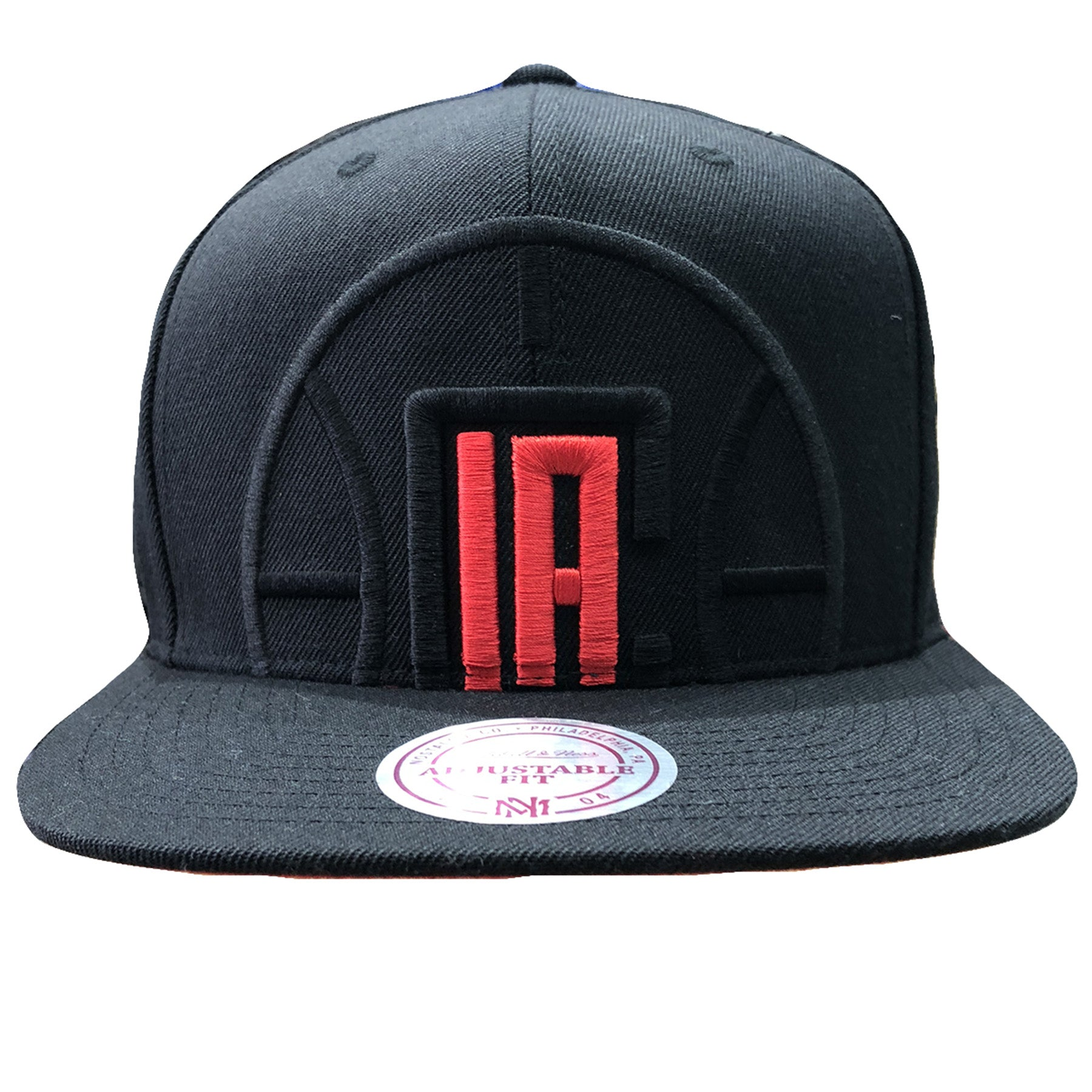 hot sale online 93ceb 22b73 Embroidered on the front of the Los Angeles Clippers XL Logo snapback hat  is the Los