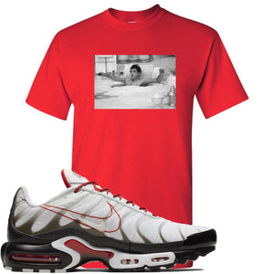 Nike Air Max Plus White University Red Sneaker Hook Up Bathtub Scarface Red T-Shirt