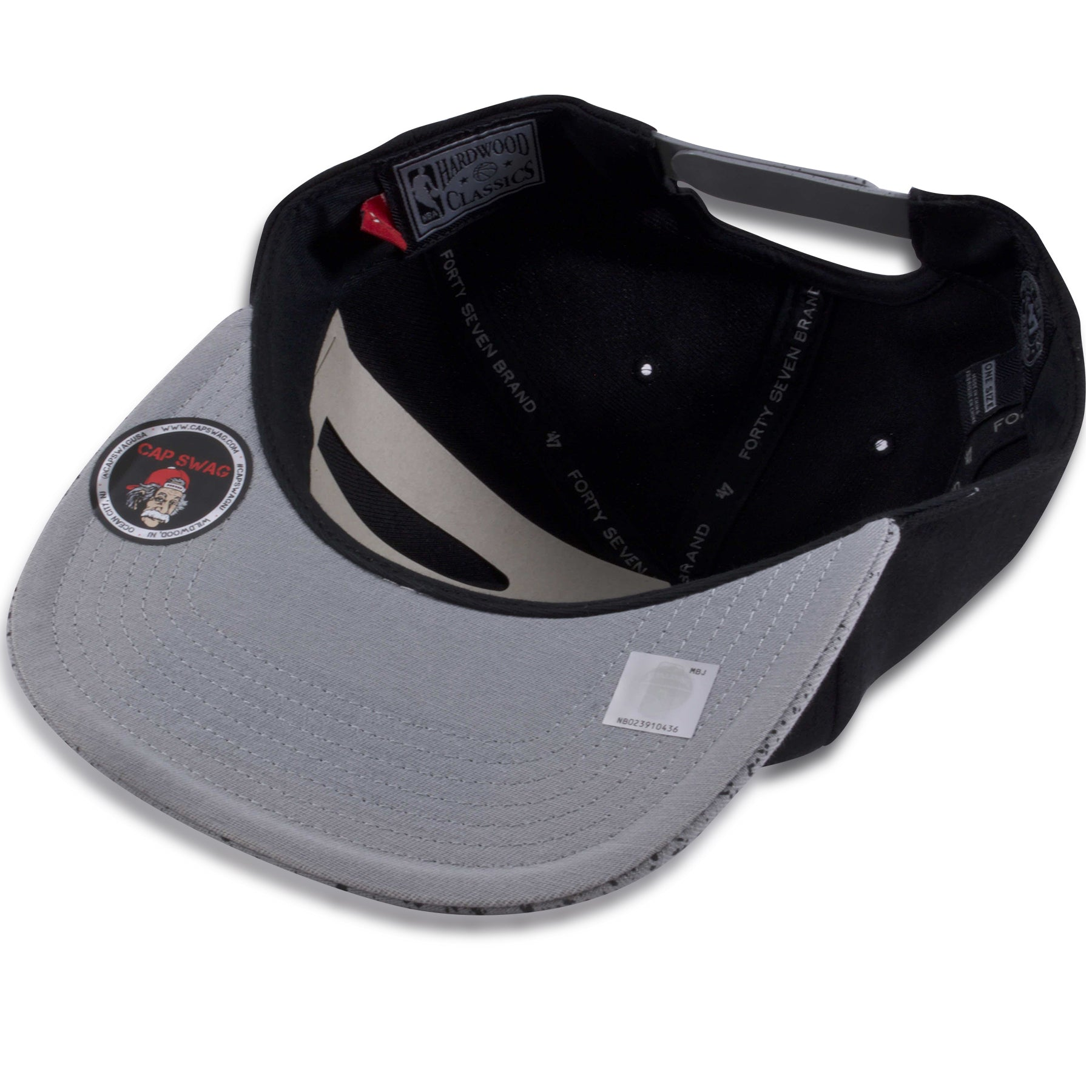 049af875016424 ... Chicago Bulls Jordan 4 OG Sneaker Matching Black on Cement Snapback Hat