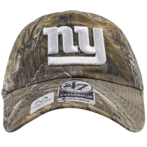 The front of this Realtree Camo New York Giants Clean Up Cap shows the New York Giants logo heavily embroidered in white threading.