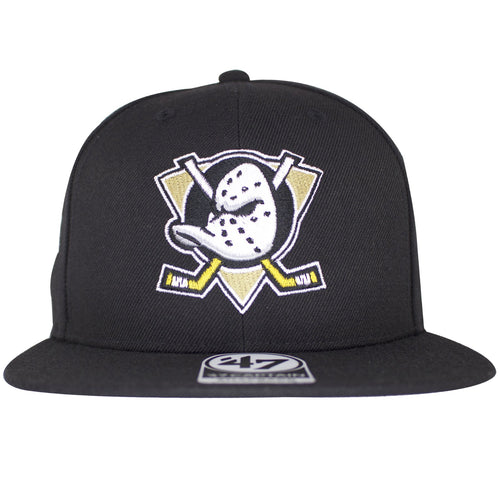This Anaheim Mighty Ducks Snapback hat has the Mighty Ducks symbol on the front of a plain black snapback.